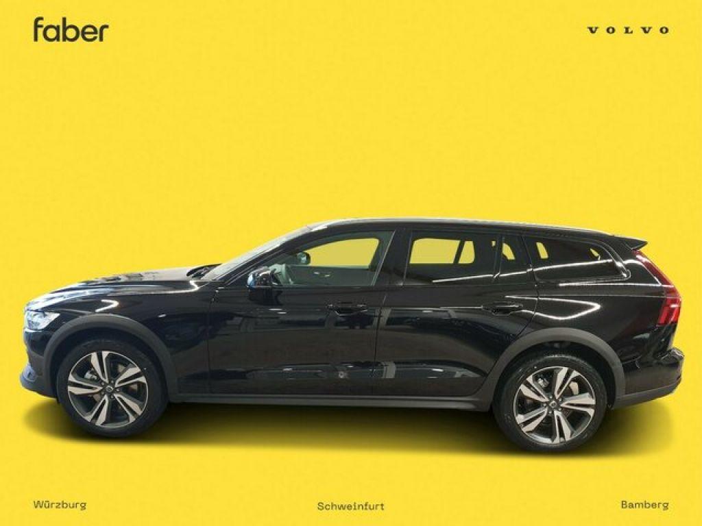 Volvo V60 Cross Country bei Gebrauchtwagen.expert - Hauptabbildung